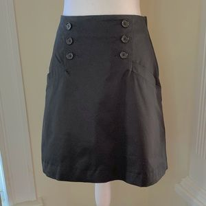 H&M black skirt with pockets